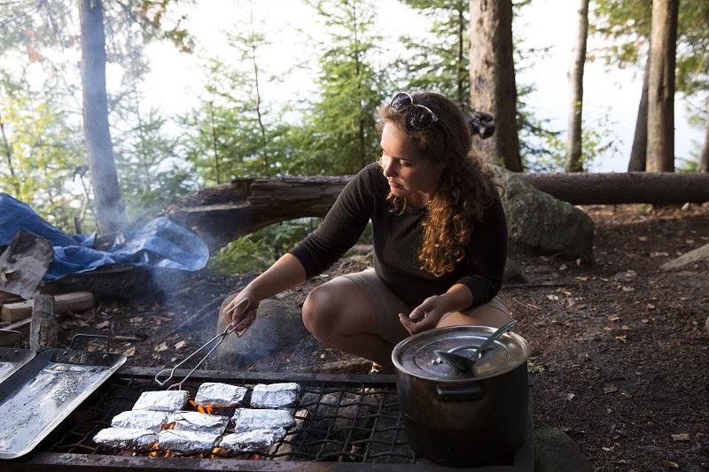 campfire Voyageur Quest