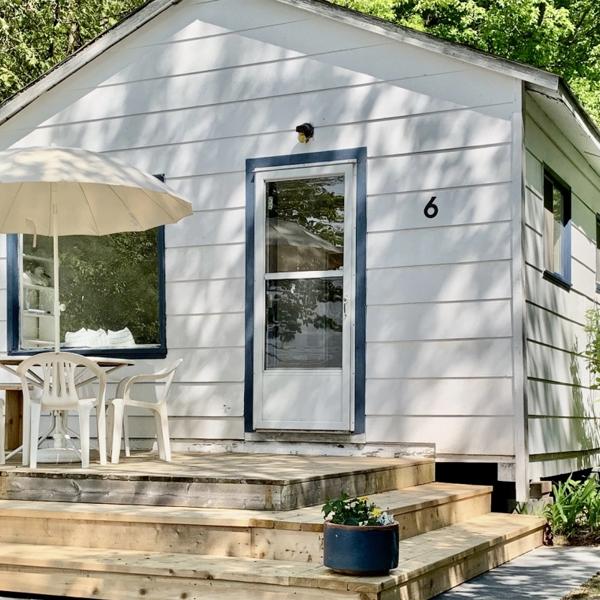 Beachside Cottages on Lake Muskoka business listing image